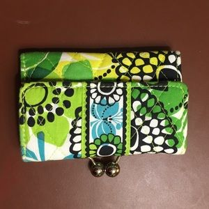 Vera Bradley Limes Up Kisslock Trifold Wallet